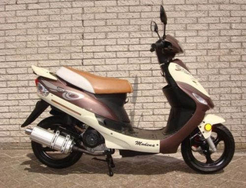 MODENA Scooter € 999,-